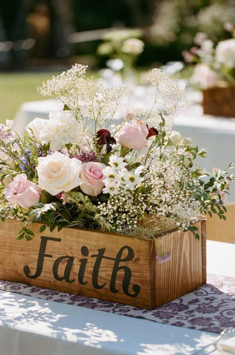6 Stylish & Biblical Wedding Decor Themes